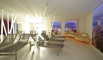 WELLNESS AREA MANHATTAN FITNESS